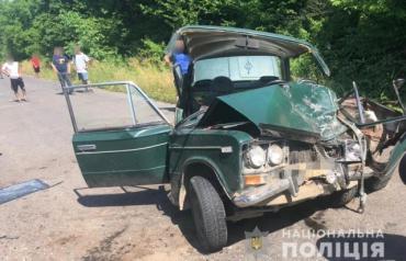 Авто сплющило в гармошку: На Закарпатье 4 людей пострадали в жутком ДТП, среди них маленький ребёнок