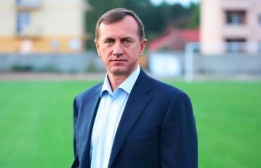 Испуганный мэр Ужгорода всячески пытается избавиться от своего заместителя