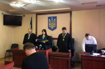 Адвокаты убийцы, зарезавшего парня перед Рождеством в Закарпатье, хочет оправдания