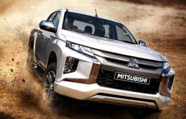 """В Закарпатье теперь можно купить обновленный пикап """"Mitsubishi"""""""