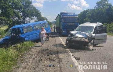 Роковое ДТП на Львовщине: Двое жителей Закарпатья доставлены в больницу