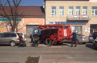 На Закарпатье неизвестный сообщил спецслужбам о бомбе в супермаркетах