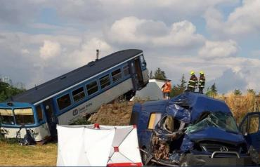 Официально: Жители Закарпатья попали в страшную аварию в Чехии