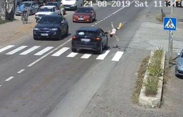 В Закарпатье водитель Lexus сбил 13-летнего ребёнка