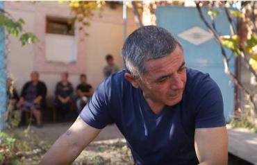 В Закарпатье целое село не может прийти в себя после смертельного ДТП с ребёнком