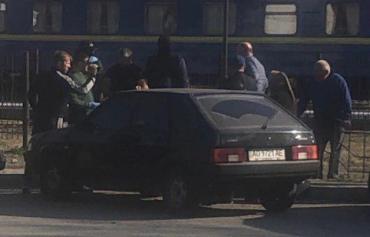 В Закарпатье проводят возможное задержание фальшивомонетчика