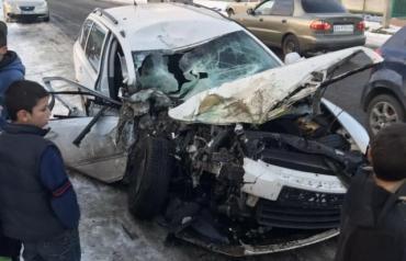 Машины в хлам: На Закарпатье на Сочельник случилось мощнейшее ДТП