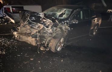 Полная разруха на трассе в Закарпатье: Автомобили можно сдавать на металлолом, пострадали люди