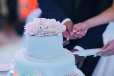 В Закарпатье пир на свадьбе отправил 17 гостей в инфекционное отделение