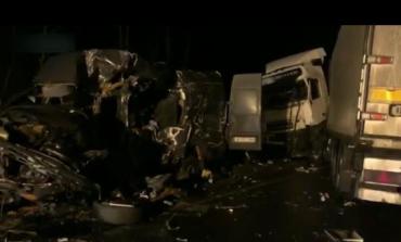 В России разбился микроавтобус с заробитчанами из Закарпатья: В сети опубликовали жуткое видео с места ДТП