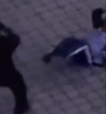 Жесткое избиение в Закарпатье: Инициатор-пограничник с ноги бил человека из-за.. замечания (ВИДЕО)