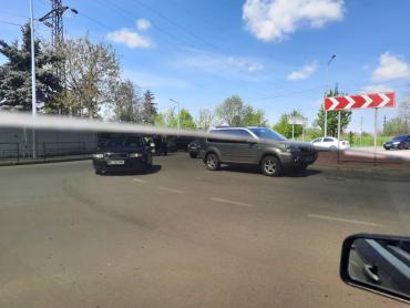 В Мукачево на перекрестке 3 улиц нешуточная авария