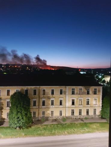 Табор уходит в небо : В Ужгороде в микрорайоне Шахта большой пожар