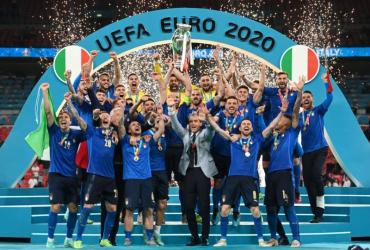 Италия второй раз в истории стала чемпионом Европы, в финале итальянцы в серии пенальти обыграли сборную Англии