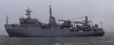 """В Черном море, около берегов острова Змеиный, терпит бедствие корабль ВМС Украины """"Балта""""."""