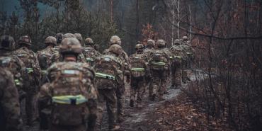 """Аваков оправдывается перед США за нацистов из полка """"Азов"""""""