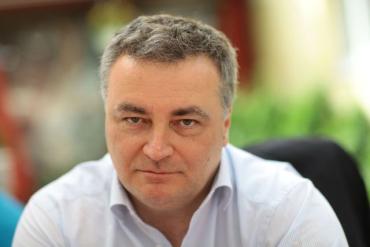 Профессор Смоланка триумфально переизбрался ректором УжНУ