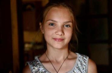 Президент Украины наградил малышку из Закарпатья отважной медалью