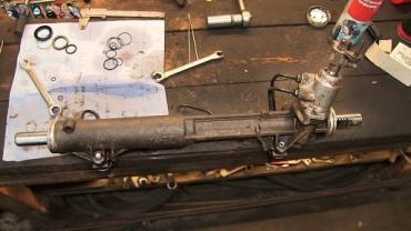 Часто проще купить рулевые рейки б у, чем проводить ремонт