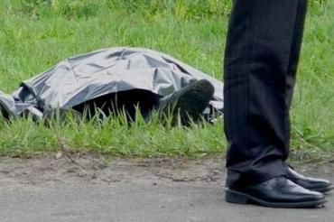 Жуткая находка в Закарпатье: Посреди поля лежал голый труп человека, покрытый синяками