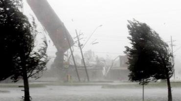 Мощнейший шторм, который обрушился на Европу, придет в Закарпатье