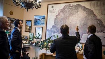 Премьер-министр Венгрии Виктор Орбан опубликовал в мае на своей странице в социальной сети Facebook историческую карту «Великой Венгрии»