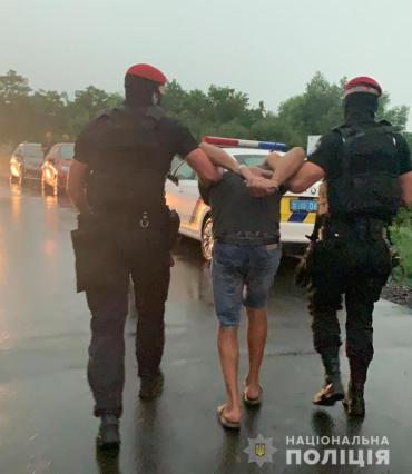 В Закарпатье провели спецоперацию со спецназом по задержанию опасности