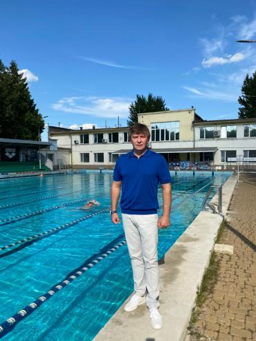 Голова Федерації плавання Львівської області Андріян Гутник