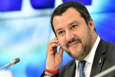 Заместитель премьер-министра Италии назвал Майдан псевдореволюцией