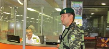 При пересечении границы пограничники Закарпатья не требуют справок из военкомата