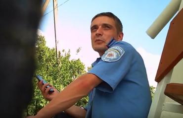Закарпаття. На відео чітко зафіксовано обличчя хабарників-полісменів.