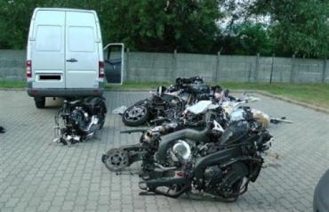 Разобранные на запчасти мотоциклы не попали в Закарпатье