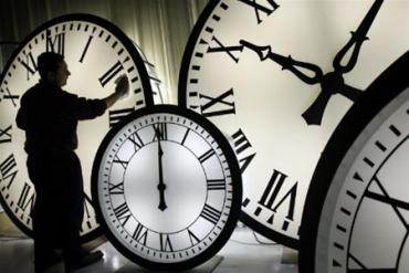 Годинник: восени - на годину назад, весною - на годину вперед.