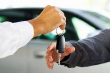 Закарпатців, що продали свої машини за гендовіреністю, чекають неприємності.