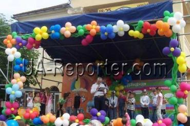 Свято в Мукачеві - це подія в рамках соціального проекту «Ближче до дітей»