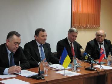 Представники Ужгорода, Міхайловце та Кошіце і польських Кросно і Ярослава