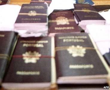 Не афішують кількість подвійних громадян і консульські установи МЗС Угорщини