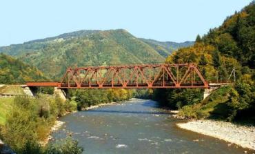 Из Румынии в Закарпатье течет опасная для жизни вода