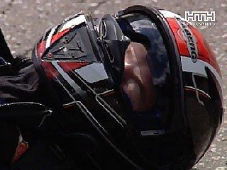 Мужчина вылетел с мотоцикла и потерял сознание