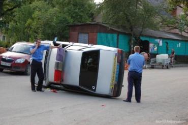 Жители Драгово перевернули автомобиль ГАИ в знак протеста