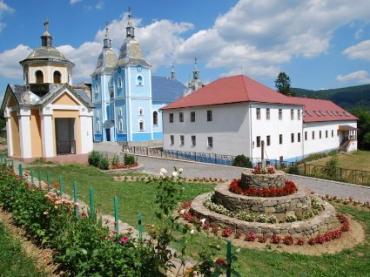 М.Березний. 18-19 серпня святкуватимуть 25-ліття відновлення д-сті монастиря.