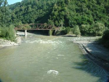 На реках Закарпатья удерживаются низкие уровни воды