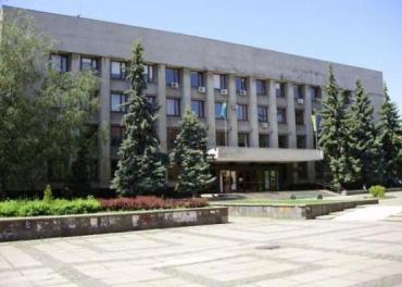 Сегодня, 9 июля, в Ужгородский горсовет снова не пускали людей