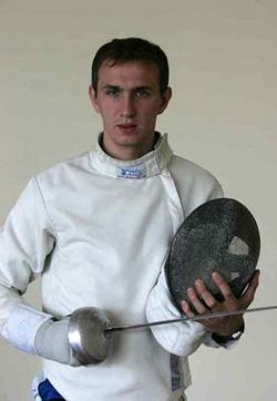 Анатолий Герей выиграл чемпионат по фехтованию