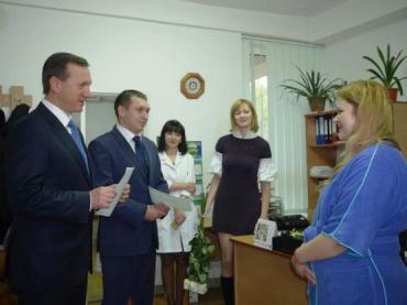 Мартин и Николь Кармазин - двойняшки родились в жгороде 10 декабря