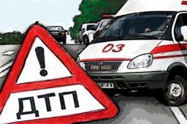 На трассе Мукачево-Львов, вылетев в пропасть, в авто пострадали три человека