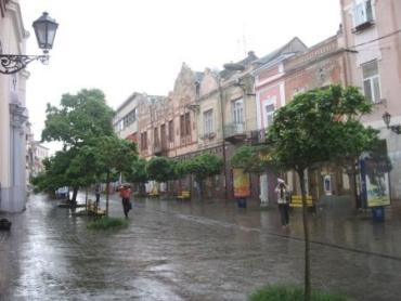 В Ужгороде дождь и грозы