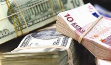 Ужгородщина. Робочі викрали 6500 доларів США та 500 Євро.