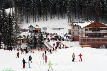 Горнолыжный курорт Буковель засыпало снегом