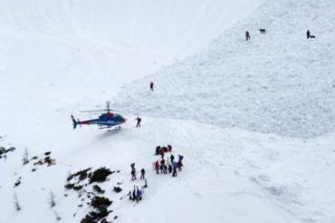 Снежная лавина убила шестерых в автрийских Альпах